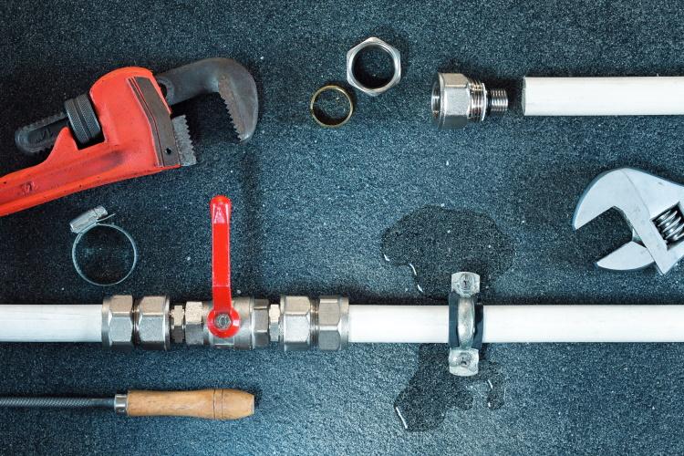 Emergency Plumbing Leaky Pipe